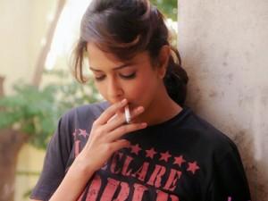 Lakshmi Manchu learnt to smoke for Chandamama Katha