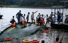 Hundreds missing after ferry sinks in Bangladesh