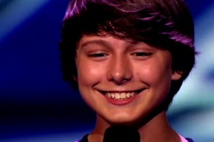 THE X FACTOR USA Stone Martin  Little Guy Rocks Little Things