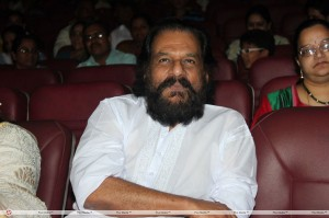 Women Must Not Wear Jeans Says Legendary Singer Yesudas