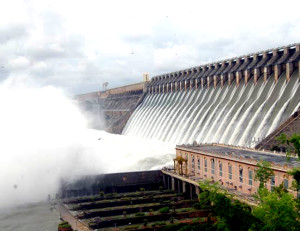 Telangana Andhra Pradesh Fight For Nagarjunasagar Dam