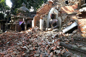 100 injured earthquake hits northeastern India