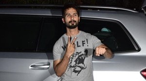 Watch shahid kapoor asking what is Skult