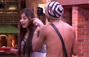 Akash Dadlani forcibly kissing Shilpa on 11